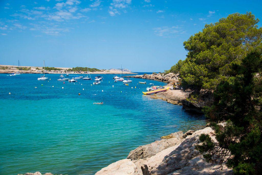 Playa Port d'Es Torrent, Ibiza - AndyBanfi.com